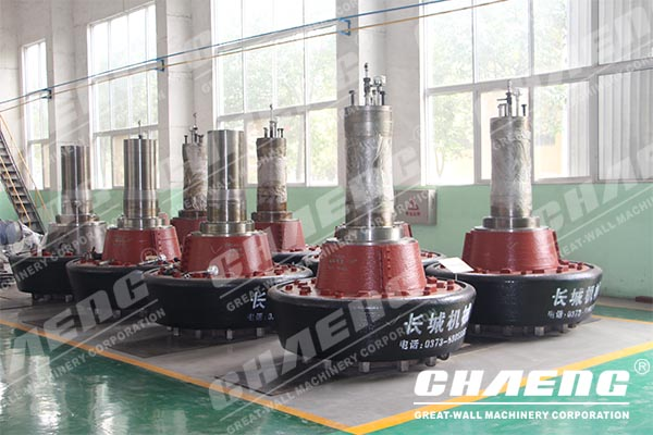 How to solve the problem of the wear of the grinding ring and the grinding roller?